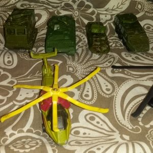 7 Army Metal & Plastic Tanks & Helicopters